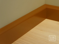 Solid wood skirtings, Baltic Birch, 15x70 x 2400 mm, profiel with radius, painted Olive brown RAL 8008