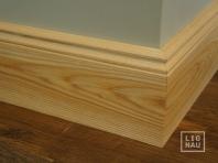 Solid wood skirting, Ash, historical profile of Hamburg, 20x130, Prime-Nature grade, natural oiled